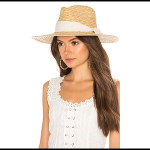 Ale by Alessandra Hat. One size.